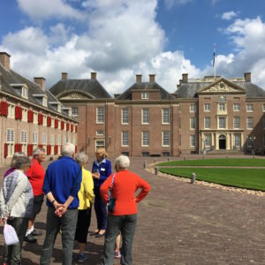 Het Loo from front.  It reminded one of our members of a big-city high school.